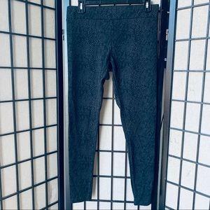 MATTY M snake print leggings full length sz M